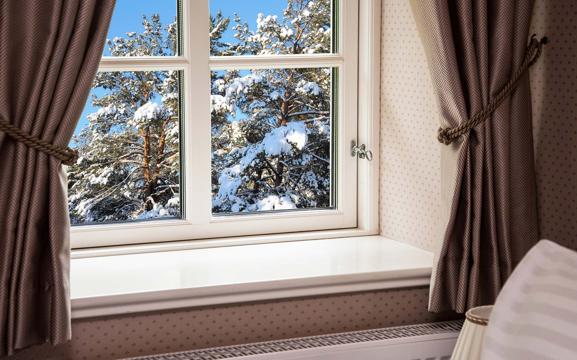 winter heating bills are piling up. let all service glass help!